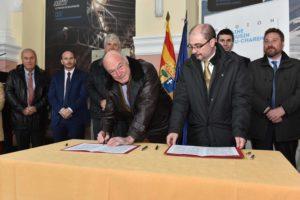 signature du protocole d'accord en gare de Canfranc, le 24 février 2016